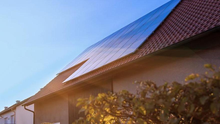 Instala placas solares en Castellón sin poner un euro de tu bolsillo y empieza a ahorrar en tu factura gracias a la energía verde