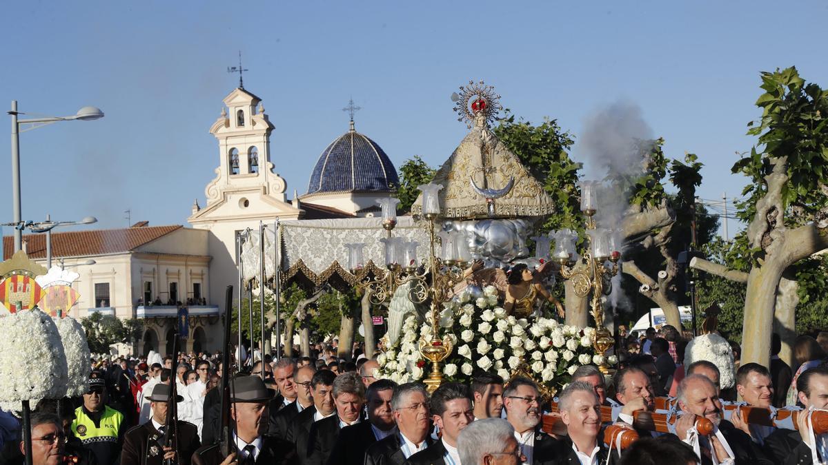 Imagen de archivo de la procesión en honor a la Virgen del Lledó, hace dos años.