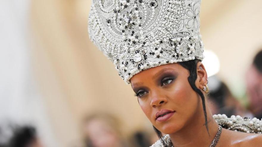 Rihanna se lanza al reggae