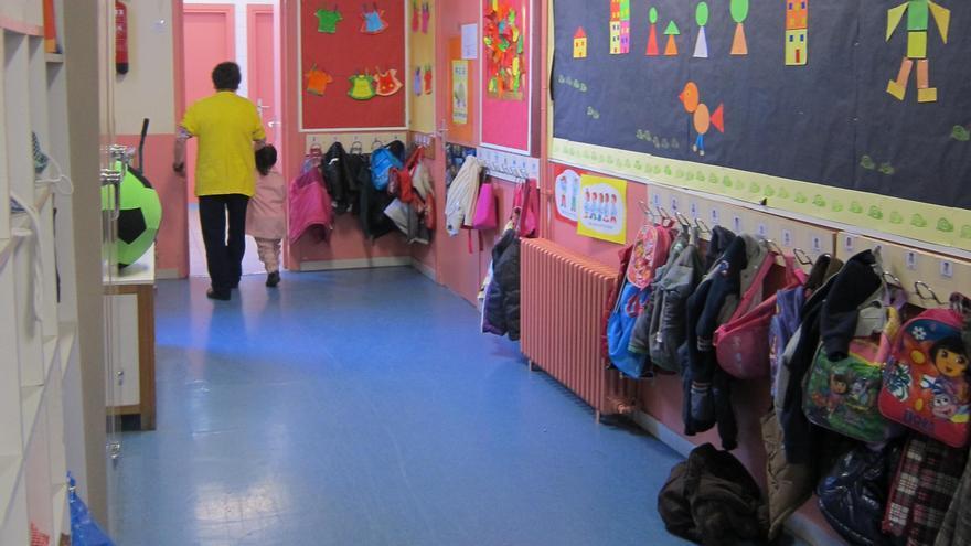 El pasillo de un colegio catalán.
