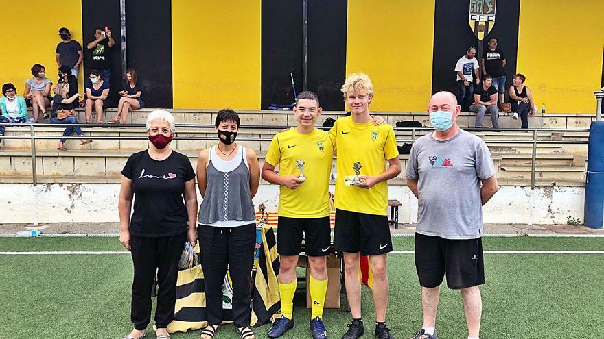 El Club de Futbol de Capellades celebra el final de temporada amb tots els seus equips