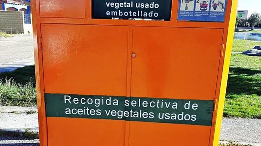 Villaralbo estrena contenedores para aceite usado