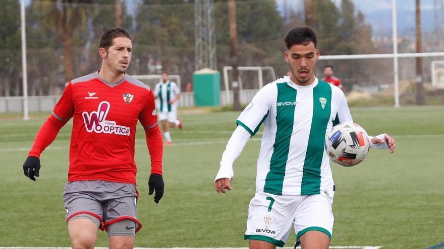 El Córdoba B vence a domicilio a La Palma ysigue creciendo