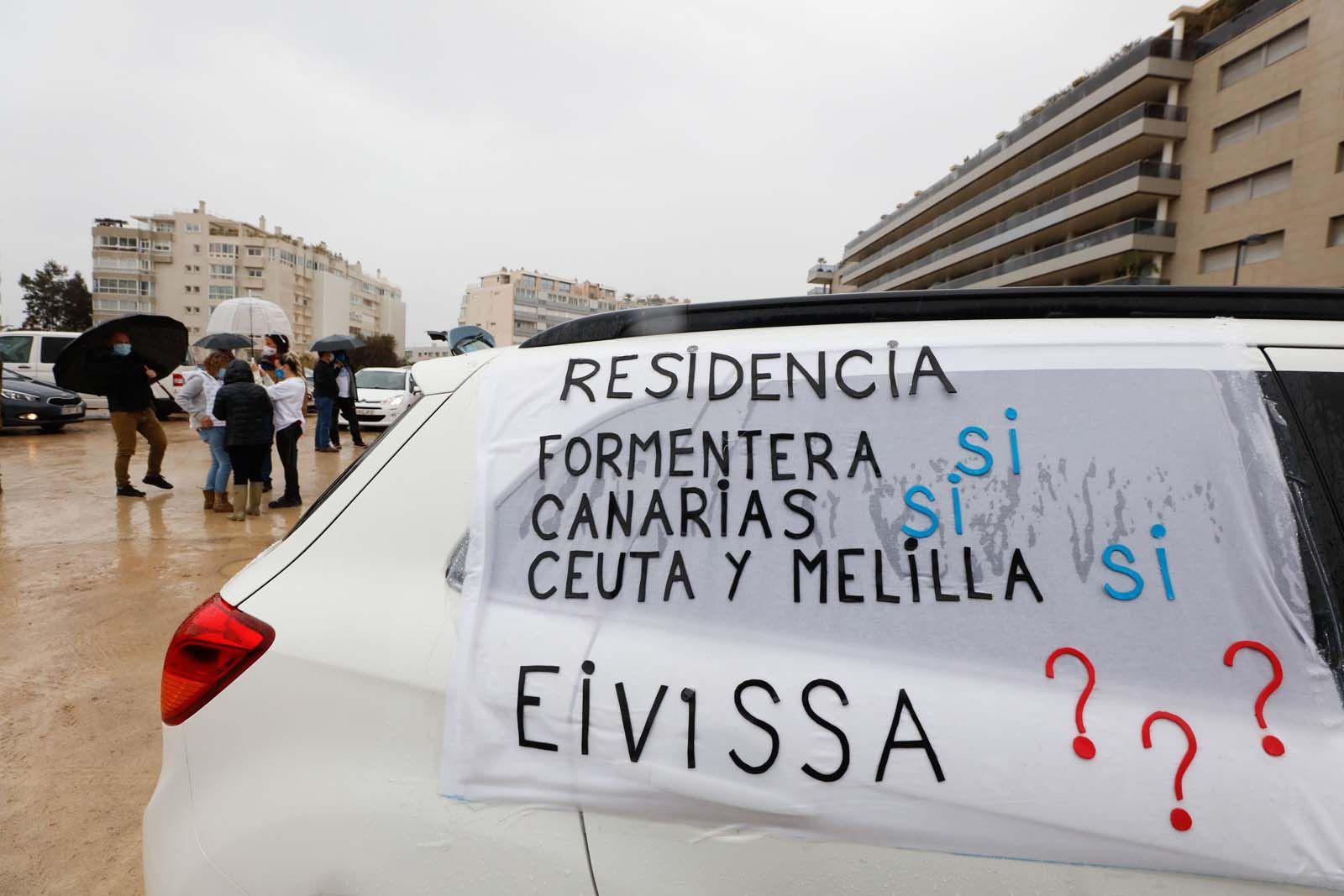 Funcionarios de Ibiza: «Hay que unir fuerzas e ir todos a una para lograr la equiparación salarial»