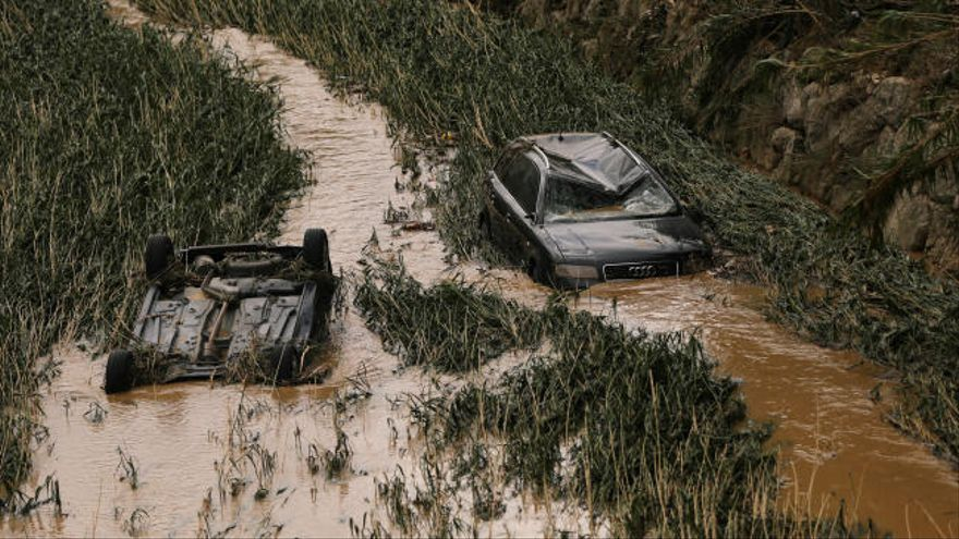 Hallan el cuerpo sin vida del conductor arrastrado por el agua en Navarra