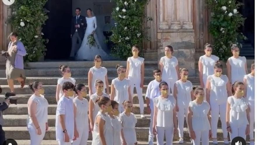 "Los Peques del León de Oro le ponen música a la boda de ""la otra familia"" de Tamara Falcó"