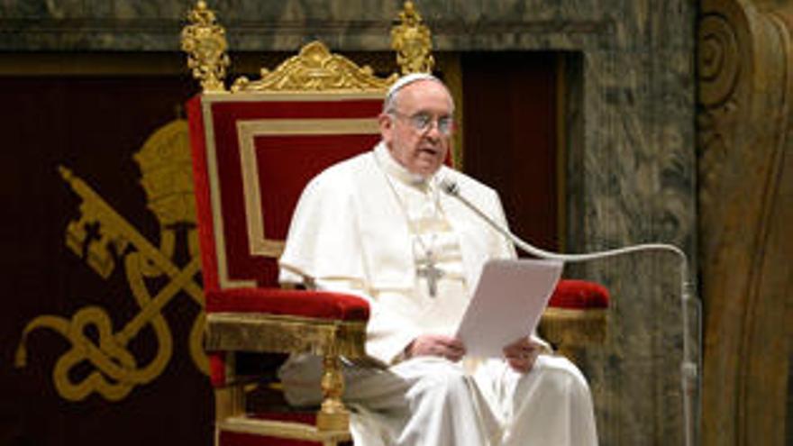 """Francisco: """"Cómo me gustaría una Iglesia pobre y para los pobres"""""""