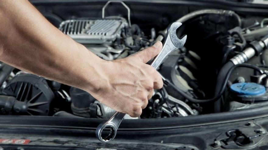 ¿Cuándo hay que revisar y cambiar las partes más importantes del coche?