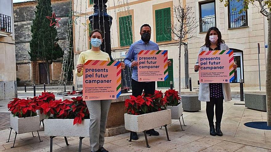 Campos reparte 10.000 euros en ayudas directas al pequeño comercio
