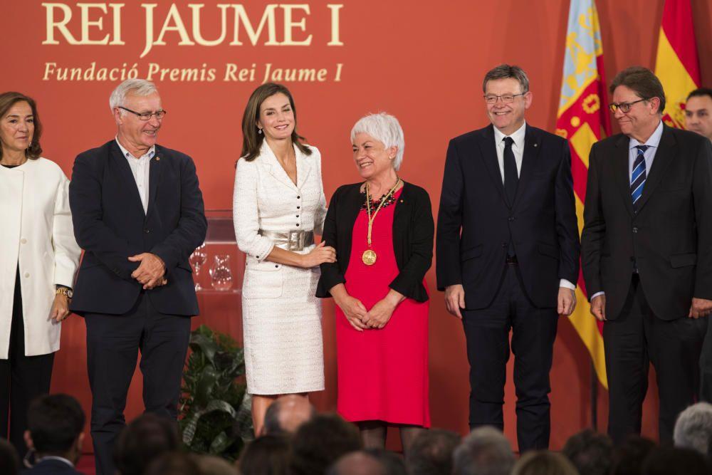 La reina Letizia preside la entrega de los Premios Jaume I