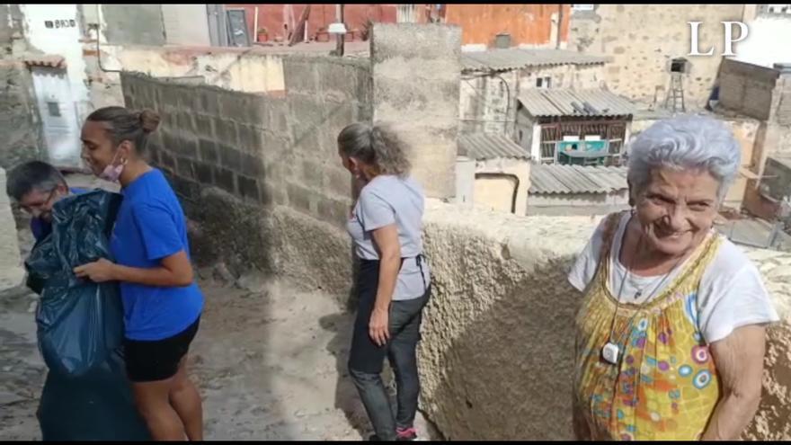 El agradecimiento de la vecina Dominga por la limpieza del Risco de San Nicolás