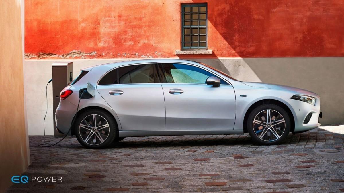Los 10 coches eléctricos e híbridos enchufables más vendidos en diciembre