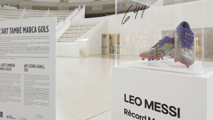 El MNAC subhastarà unes botes de Leo Messi i dedicarà els beneficis a nens malalts de càncer