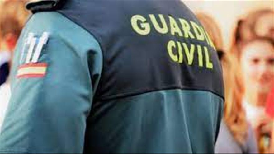 Detienen a dos personas por robar en ocho viviendas de Teror