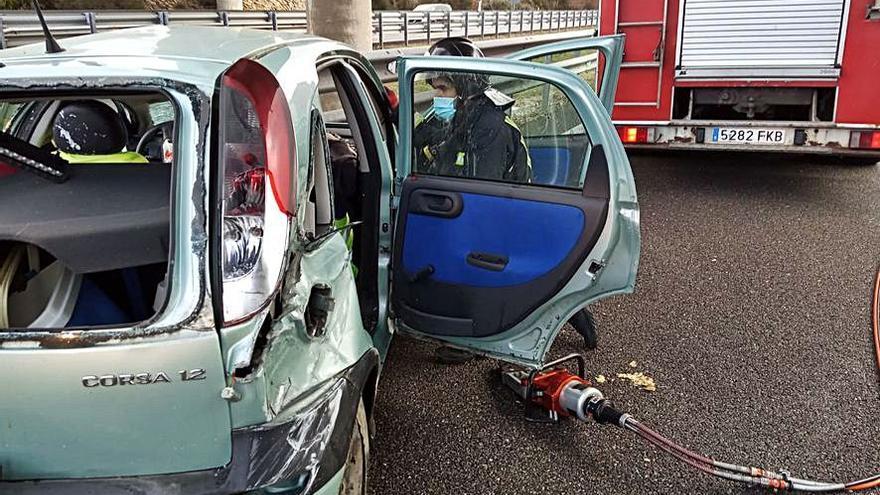 Dos mujeres heridas en un accidente en la A-52 en Palacios