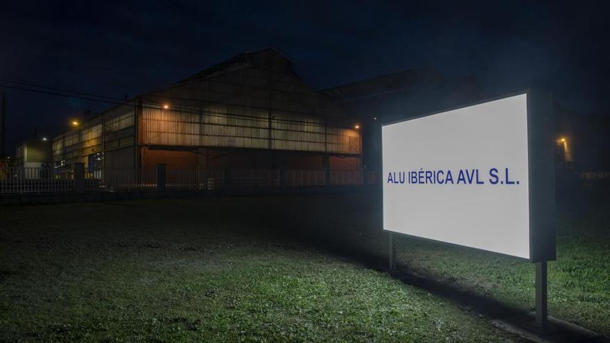 El BNG pide en el Parlamento gallego al Estado que la SEPI entre en Alu Ibérica