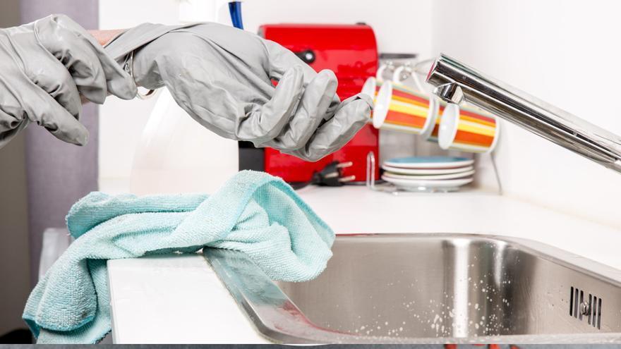 Los 5 trucos de limpieza caseros más útiles para dejar tu casa impecable