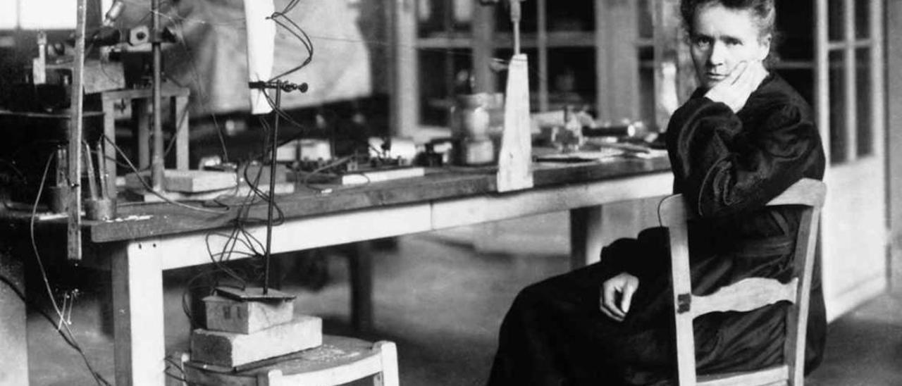 Marie Curie fue la primera mujer en recibir el premio Nobel en Física y obtuvo uno más en Química.