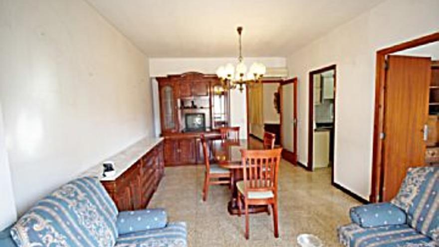 850 € Alquiler de piso en Son Cotoner (Palma de Mallorca), 4 habitaciones, 2 baños...