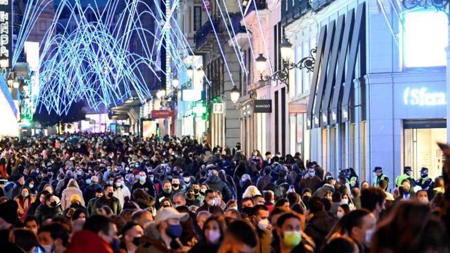 El Gobierno permitirá viajar en Navidad solo para reencuentros familiares