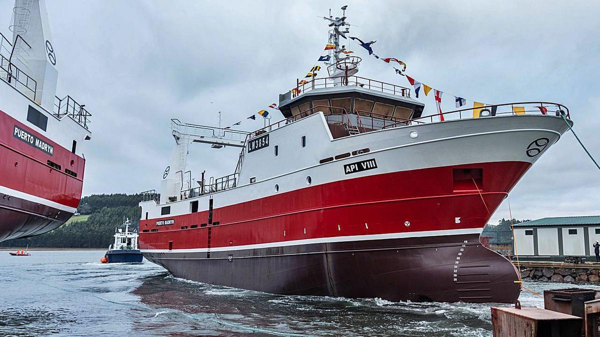Los dos barcos pesqueros botados en el astillero de Armón en Navia. | Iberconsa