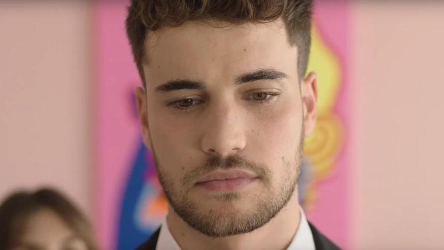 El ex triunfito mallorquín Joan Garrido publica su primer single, 'Ni me va'