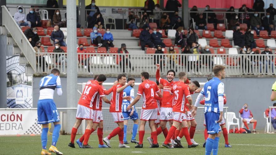 El Estradense golea al Fabril (5-1)