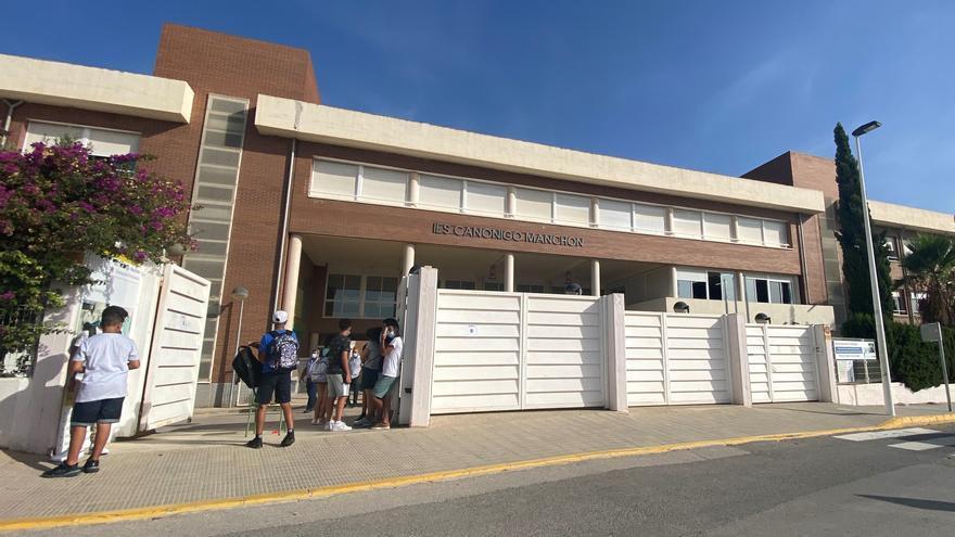 Más de 4.700 estudiantes arrancan en Crevillent el curso escolar que contará con más apoyo de orientadores