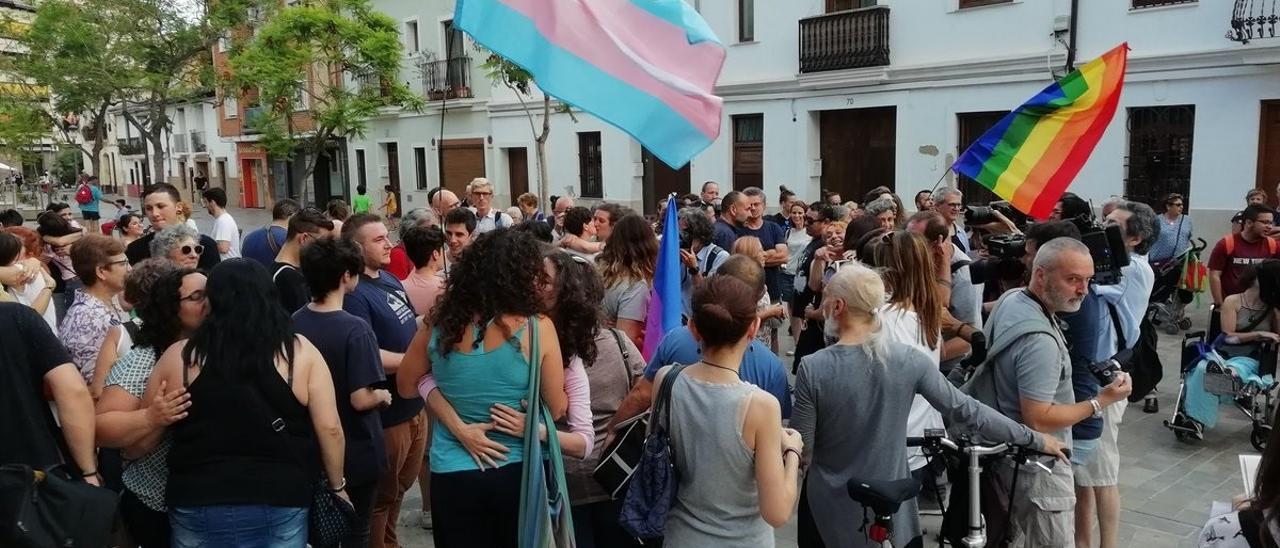 Concentración contra las agresiones homófobas en Valencia en 2018.