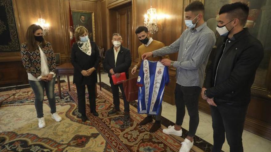 El ascenso les acerca: la recepción del Ayuntamiento al Real Avilés puede marcar una nueva etapa