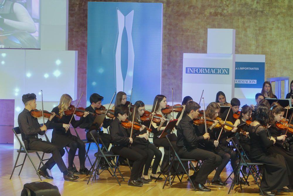 Los pequeños talentos de la Orquesta de Aspirantes a la Orquesta de Jóvenes de la Provincia demostraron su virtuosismo musical y recibieron el caluroso aplauso del público