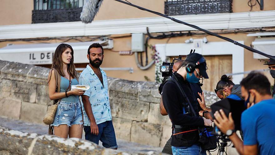 Sortean una visita a una bodega de Ibiza entre los mecenas de 'La Corriente'