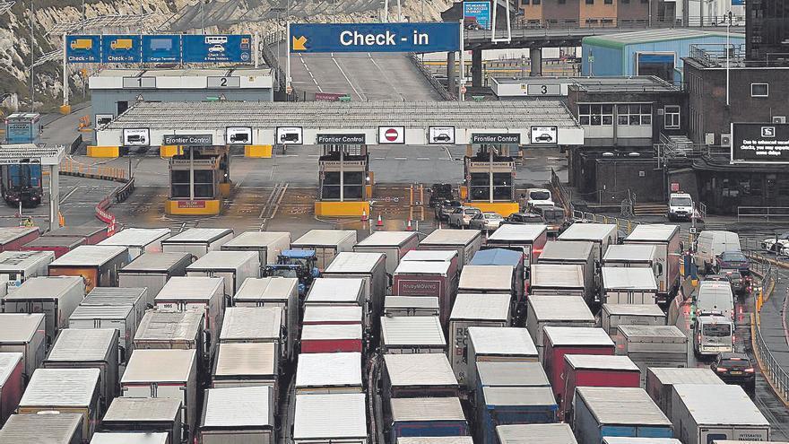 La burocracia del brexit obliga a los transportistas a trabajar un día más