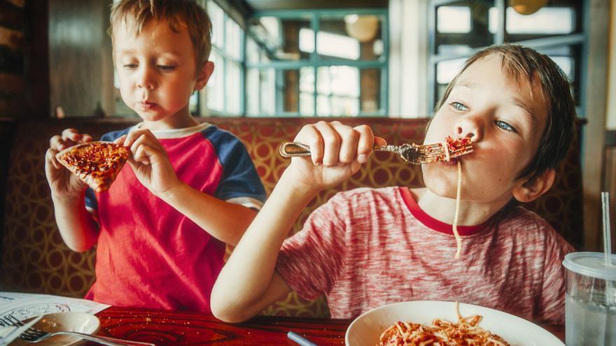No solo te afecta lo que comes, también lo que comiste de niño
