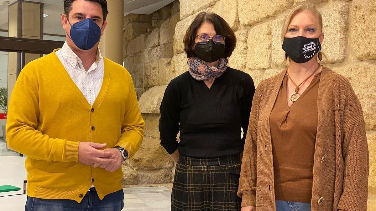 IU y Podemos creen que Eva Timoteo les da la razón con su renuncia al acta de concejal