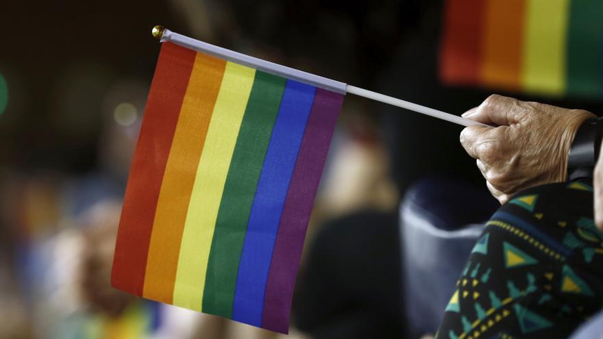 """El Gobierno aprueba una declaración en defensa del colectivo LGTBI contra """"discriminaciones o ataques"""""""