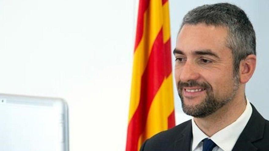 El consejero catalán de Exteriores, a juicio por su apoyo al 1-O cuando era alcalde