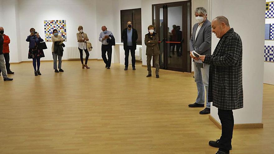Pasqual Gomes muestra en Canet su pintura metódica y reflexiva