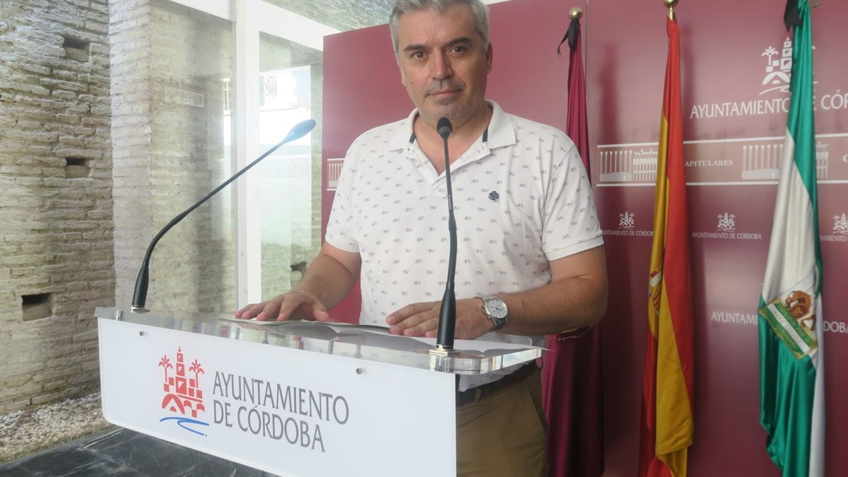 El concejal del PSOE en el Ayuntamiento de Córdoba Víctor Montoro.