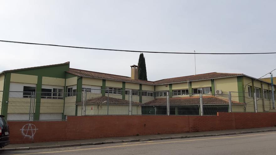 L'Institut Alexandre Deulofeu de Figueres denuncia que se li redueixi el grau d'alta a mitjana complexitat