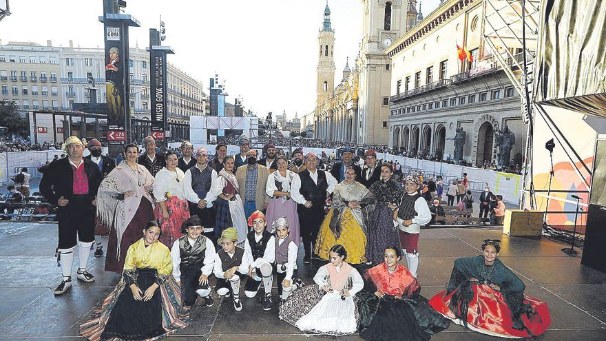 Los mejores joteros de Aragón regresan a la plaza del Pilar