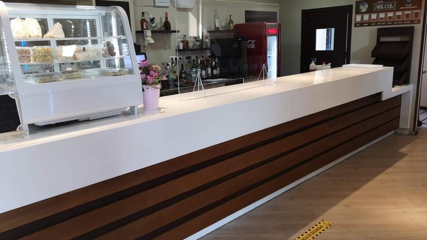 Denuncian la situación precaria de la plantilla de la cafetería de Parcemasa