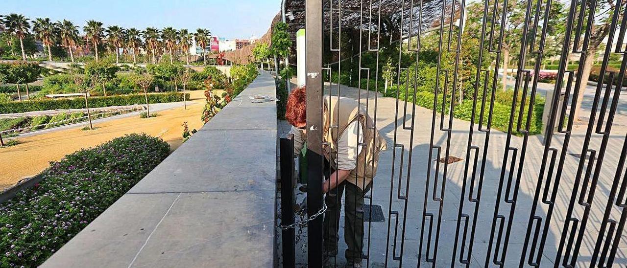 Detectan en el Parc Central  una garrapata transmisora del virus de Crimea-Congo