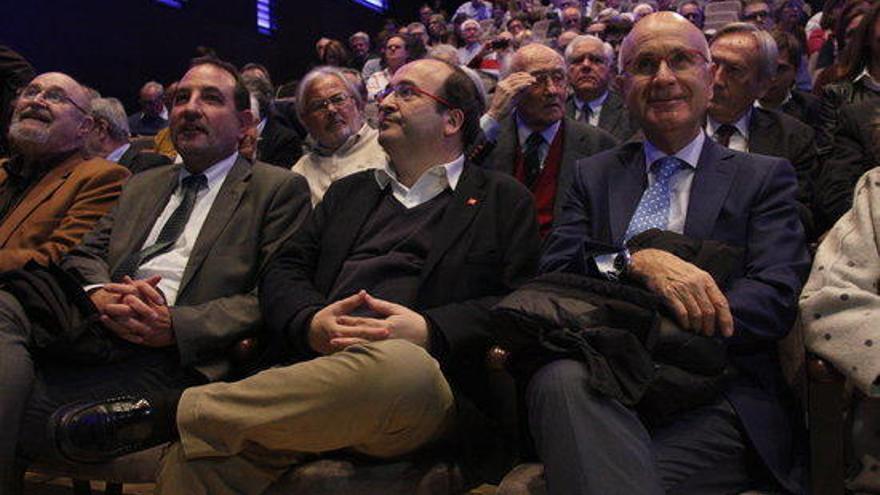 Membres del PSC i Unió reivindiquen un catalanisme dialogant enfront del procés