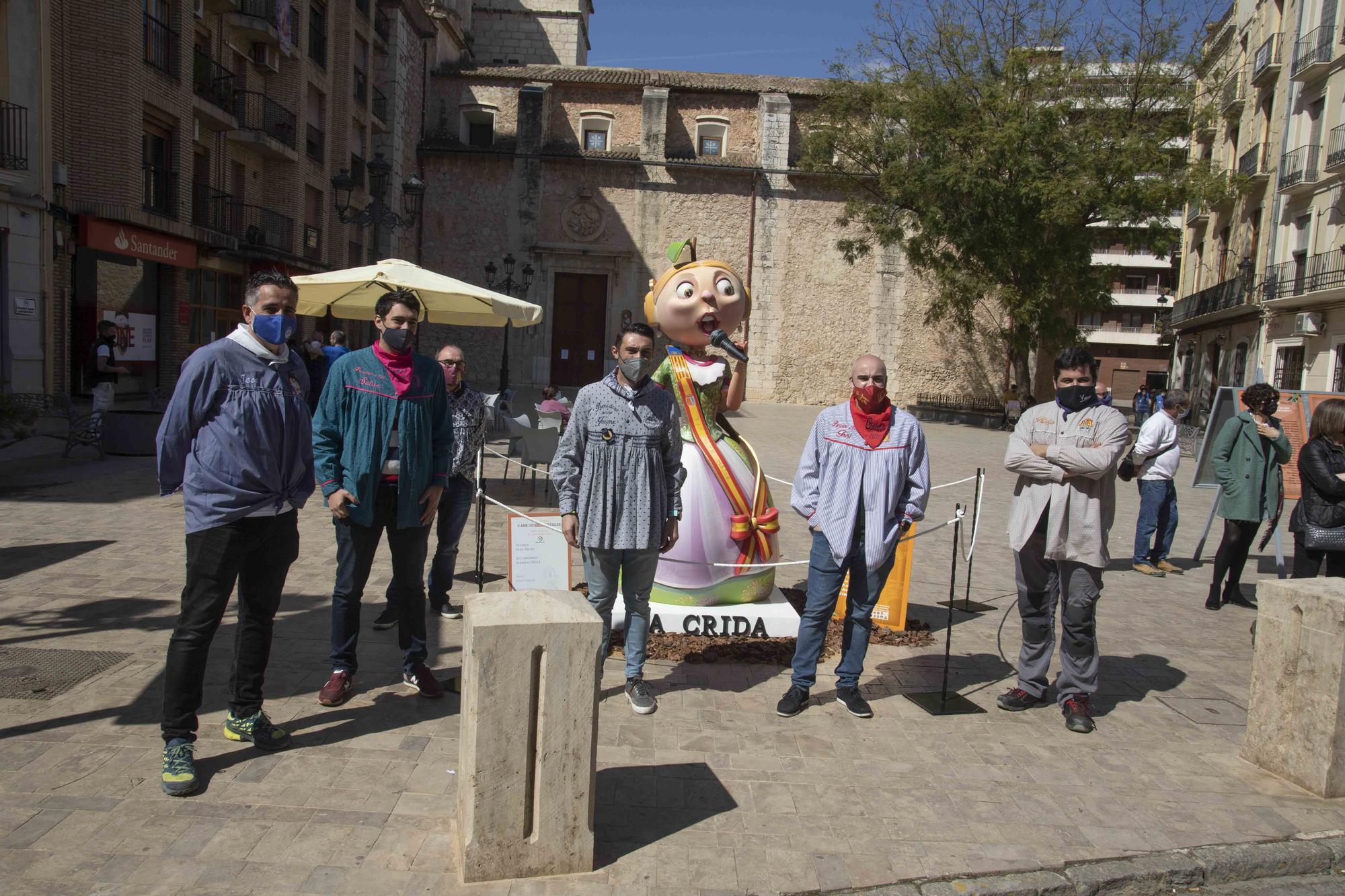 Carcaixent planta cinco monumentos simbólicos