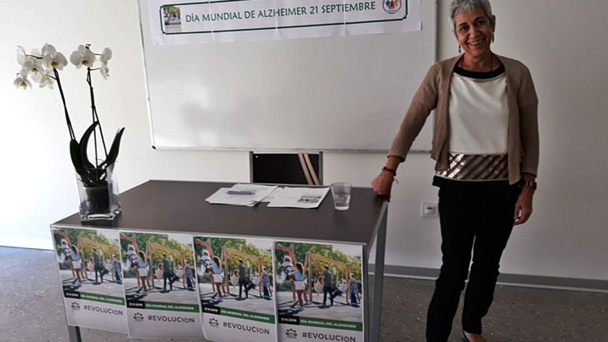 """Asunción Rubio, presidenta de AFA Benavente: """"Potenciamos que personas con alzhéimer estén en su entorno"""""""