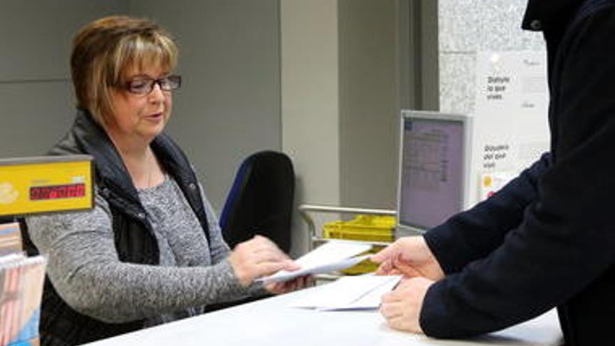 L'oficina de Correus de Figueres ja disposa de cita prèvia