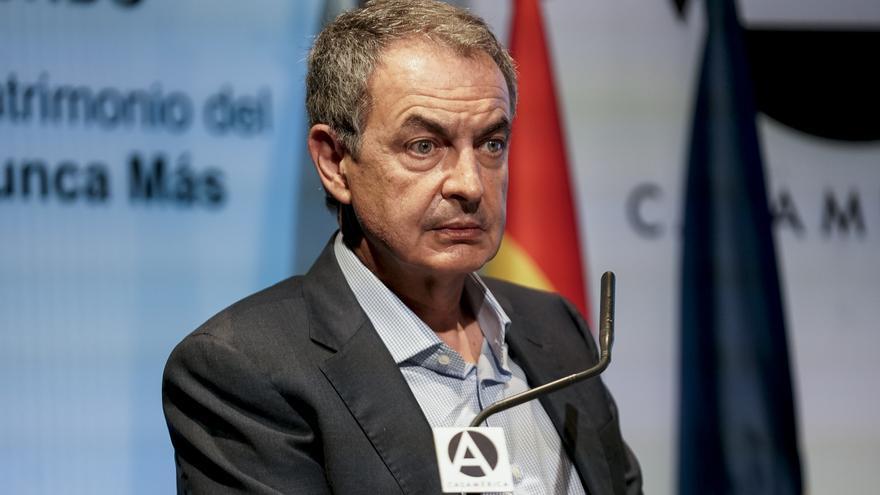 Zapatero pide que el Rey emérito aclare su situación a la sociedad española