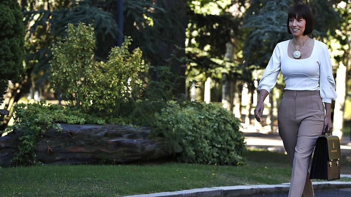 Morant debuta en el Consejo de Ministros | EFE/LIZÓN