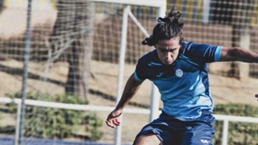Un equipo juvenil de Paiporta se marcha del campo por los insultos racistas a un jugador
